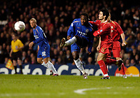 Photo: Leigh Quinnell.<br /> Chelsea v Liverpool. UEFA Champions League. <br /> 06/12/2005. Michael Essien clears the Chelsea box.