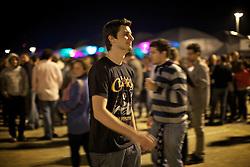 O público espera pelo início do concerto do guitarrista ingles Eric Clapton em 6 de outubro de 2011, em Porto Alegre, sul do Brasil. FOTO: Jefferson Bernardes/Preview.com