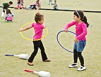 ROTTERDAM - Funky Hockey  voor basisscholen tijdens de RHWL.  FOTO KOEN SUYK