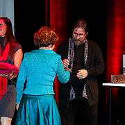 BEL/Brussel/20130319- Uitreiking Prinses Margriet Award 2013, uitreiken prijzen aan laueraten aan Dan en Lia Perjovschi