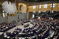 30 NOV 2005, BERLIN/GERMANY:<br /> Uebersicht Plenarsaal, waehrend der Regierungserklaerung von Angela Merkel, CDU, Bundeskanzlerin, Deutscher Bundestag<br /> IMAGE: 20051130-01-024<br /> KEYWORDS: Rede, speech, plenum, Bundesadler, Übersicht