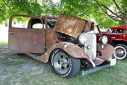 06 August 2016:  1932 Chevrolet Rod Coupe<br /> Owner: Steve Toliver<br /> <br /> Displayed at the McLean County Antique Automobile Association Car show at David Davis Mansion in Bloomington Illinois