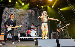 Pictured: Blondie tribute Dirty Harry blast out a selection of the famous bands hits on the main stage at Party at the Palace in Linlithgow. Andrew West/ EEm