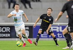 Sebastian Czajkowski (FC Helsingør) trækker fra Jelle van der Heyden (Vendsyssel FF) under kampen i 1. Division mellem FC Helsingør og Vendsyssel FF den 18. september 2020 på Helsingør Stadion (Foto: Claus Birch).