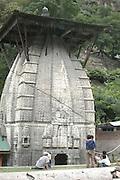 India, Manikaran the Parvarti Valley Kullu District, Himachal Pradesh, Northern India, A Hindu temple