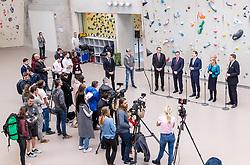 18.02.2020, Kletterzentrum, Innsbruck, AUT, Medientermin zum Thema Lehre, Pressekonferenz, im Bild v.l. WKO Tirol Präsident Christoph Walser, Landeshauptmann Günther Platter (ÖVP), Bundeskanzler Sebastian Kurz (ÖVP), Wirtschaftsministerin Margarete Schramböck (ÖVP), WKO Tirol Präsident Christoph Walser // f.l. Christoph Walser Governor Guenther Platter (Tyrolean People's Party) Chancellor Sebastian Kurz Federal Minister of Economics Margarete Schramböck Christoph Walser during a Pressconference about the apprenticeship at the Kletterzentrum in Innsbruck, Austria on 2020/02/18. EXPA Pictures © 2020, PhotoCredit: EXPA/ Johann Groder
