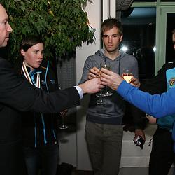 Voorzitter Tom van Damme samen met Sanne Cant,Niels Albert,Tom Meeusen en Rudy De Bie
