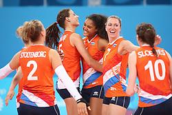 20150619 AZE: 1ste European Games Baku Servie - Nederland, Bakoe<br /> Nederland verslaat Servie met 3-2 /Robin de Kruijf #5, Femke Stoltenborg #2, Celeste Plak #4, Lonneke Sloetjes #10, Quinta Steenbergen #7, Maret Balkestein-Grothues #6