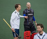 UTRECHT  - Joep van der Loo (l)  met  Joren Romijn (k) (Kampong) na de oefenwedstrijd Kampong HI- PINOKE HI (5-2).  COPYRIGHT KOEN SUYK