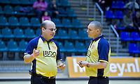ROTTERDAM -  Scheidsrechter Groningen H3 tegen Union H3 tijdens het Landskampioenschap reserveteam zaal 2013. FOTO KOEN SUYK