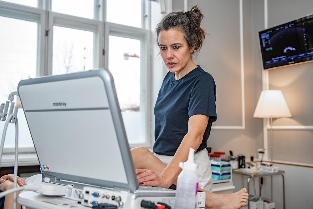 Klinik Hedegaard Klinik Hedegaard ligger centralt i hjertet af København, lige ved Østerport Station. Klinikken tilbyder behandling inden for gynækologi, graviditet og fertilitet, baseret på speciallæge Morten Hedegaards mangeårige erfaring som læge, forsker og klinikchef på Rigshospitalet.