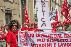 June 17, 2017 - Rome, Italy - The cgil strikes in Rome against the reinstatement of the voucher, a system to regulate black work, which instead encourages it. Hundreds of thousands of people from all over Italy have manifested themselves in the streets of the city against government and cheating on citizens and workers. (Credit Image: © Elisa Bianchini/Pacific Press via ZUMA Wire)