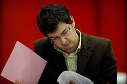 18-01-2010 SCHAKEN: CORUS CHESS 2010: WIJK AAN ZEE<br /> Derde ronde van het Corus Schaaktoernooi 2010 / Erwin l Ami NED<br /> ©2010-WWW.FOTOHOOGENDOORN.NL