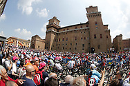 Start ambiance public illustration during the 101th Tour of Italy, Giro d'Italia 2018, stage 13, Ferrara - Nervesa della Battaglia 180 km on May 18, 2018 in Italy - Photo Roberto Bettini / BettiniPhoto / ProSportsImages / DPPI