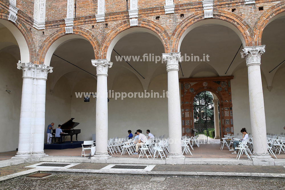 MASTER CLASS DI PIANOFORTE<br /> VISITA MUSEO ARCHEOLOGICO
