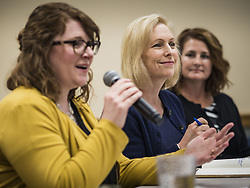 May 24, 2019 - West Des Moines, Iowa, U.S - US Senator KIRSTEN GILLIBRAND (D-NY), center, chairs a community forum in the West Des Moines Public Library. Gillibrand unveiled her ''Family Bill of Rights'' during a forum. The New York Senator has made family health and rights a centerpiece of her campaign. She is touring Iowa this week to support her candidacy to be the Democratic nominee for the US Presidency. (Credit Image: © Jack Kurtz/ZUMA Wire)