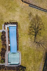 THEMENBILD - gesperrtes Schwimmbad, aufgenommen am 27. März 2020 während der Coronavirus Krise in Mittersill, Österreich // closed swimming pool, Mittersill during the Coronavirus Crisis from above, Austria on 2020/03/27. EXPA Pictures © 2020, PhotoCredit: EXPA/ JFK