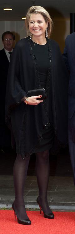 Aankomst koninklijke familie bij het Koningsdagconcert in de Philharmonie Haarlem.<br /> <br /> Arrival royal family at the Koningsdagconcert in the Philharmonie Haarlem.<br /> <br /> op de foto / On the photo: <br /> <br />  Koningin Máxima / Queen Máxima