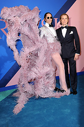 June 5, 2017 - New York, NY, USA - June 5, 2017  New York City..Di Mondo and Eric Javits attending the 2017 CFDA Fashion Awards on June 5, 2017 in New York City. (Credit Image: © Kristin Callahan/Ace Pictures via ZUMA Press)
