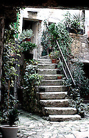 "Rovinj, ""den siste fiskerbyen ved Adriaterhavet"", ""the last fisher village by the Adriatic coast"""