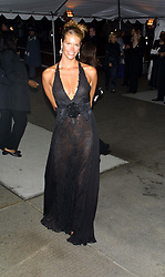 Apr 23, 2001; New York, NY, USA; Model ELLE MACPHERSON @ the Metropolitan Museum of Art's Gala celebrating the exhibition of Jacqueline Kennedy Onassis: 'The White House Years.'.  (Credit Image: Nancy Kaszerman/ZUMAPRESS.com)
