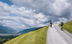 THEMENBILD - Mountainbiker auf einer Bergstraße, aufgenommen am 30. Mai 2020 in Bruck an der Glocknerstrasse, Oesterreich // Mountain biker on a mountain road, in Bruck an der Glocknerstrasse, Austria on 2020/05/30. EXPA Pictures © 2020, PhotoCredit: EXPA/Stefanie Oberhauser