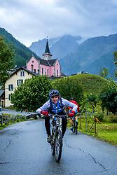 13-09-2017 SUI: BvdGF Tour du Mont Blanc day 5, Champex<br /> Deze etappe wordt volledig in Zwitserland verreden en bevat enkele mooie trails. We eindigen bergop waar er in Champex werd overnacht. Javi