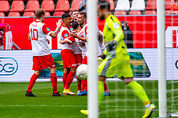 Gyrano Kerk of FC Utrecht scores 2-1 and celebrate Sander van de Streek of FC Utrecht, Daniel Arzani of FC Utrecht during eredivisie round 03 between FC Utrecht and RKC at Nieuw Galgenwaard stadium on September 27, 2020 in Utrecht, Netherlands