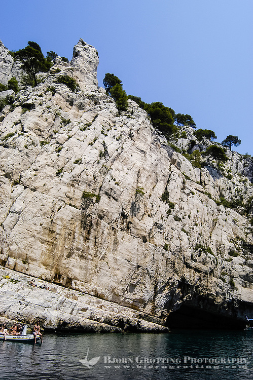 Cassis is a popular tourist destination by the Mediterranean coast in southern France, famous for its cliffs (falaises) and the sheltered inlets called calanques.