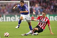 Fotball<br /> UEFA Champions League 2005/2006<br /> PSV Eindhoven v Schalke 04<br /> 13.09.2005<br /> Foto: Dppi/Digitalsport<br /> NORWAY ONLY<br /> <br /> LINCOLN (SCH) / TIMMY SIMONS (PSV)