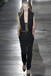 Saint Laurent Modenschau w‰hrend der Paris Fashion Week / 270916<br /> <br /> ***Saint Laurent fashion show as part of Paris Fashion Week on september 27, 2016 in Paris***