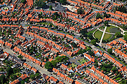 Nederland, Overijssel, Enschede, 30-06-2011; tuindorp Pathmos, arbeidersbuurt, met Thomas Ainsworthpark..Garden village and working class area Pathmos in Enschede (east in the Netherlands)..luchtfoto (toeslag), aerial photo (additional fee required).copyright foto/photo Siebe Swart