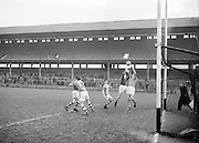Neg No: .722/9803-9807...20031955CSF...20.03.1955..Colleges Semi-Final .Munster v. Leinster at Croke Park.. . ..