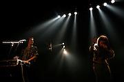 """Paris, France. 23 Novembre 2007.Les Naive New Beaters en concert au Showcase. """"L'homme-machine"""" Eurobelix (gauche) et le chanteur David Boring (droite)..Paris, France. November 23rd 2007..The Naive New Beaters performs at the Showcase..Eurobelix (left) and the singer David Boring (right)"""