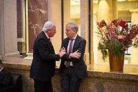 DEU, Deutschland, Germany, Berlin, 16.12.2016: Hessens Ministerpräsident Volker Bouffier (CDU) und Hessens Wirtschaftsminister Tarek Al-Wazir (B90/Die Grünen) bei einer Sitzung im Bundesrat.