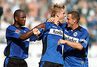 1:1 Jubel durch Artur Wichniarek Bielefeld, links Marcio Borges, rechts Joerg Boehme<br /> Bundesliga Arminia Bielefeld - FC Bayern Muenchen<br /> Bayern München<br /> Norway only