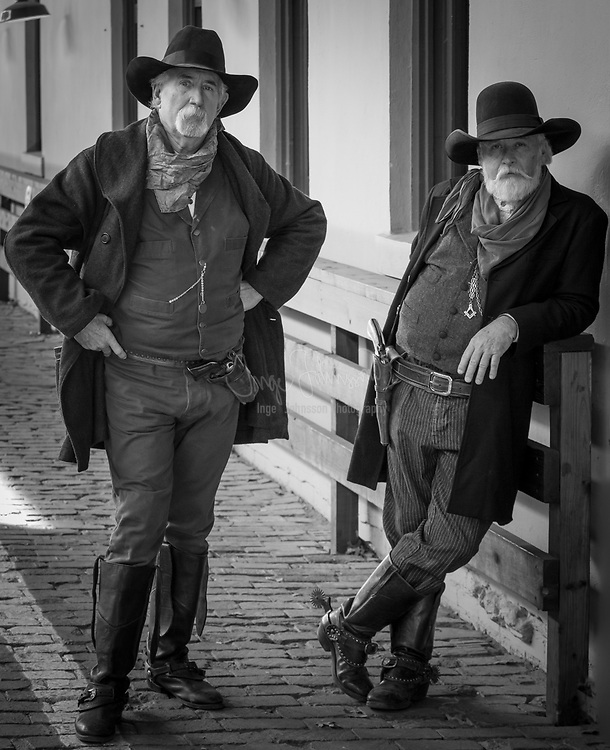 Wild West gunslingers in the Fort Worth Stockyards, Texas