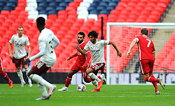 Mohamed Salah of Liverpool competes with Mohamed Elneny of Arsenal- Mandatory by-line: Nizaam Jones/JMP - 29/08/2020 - FOOTBALL - Wembley Stadium - London, England - Arsenal v Liverpool - FA Community Shield