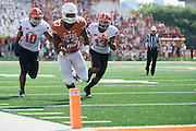 AUSTIN, TX - SEPTEMBER 26:  D'Onta Foreman #33 of the Texas Longhorns breaks free against the Oklahoma State Cowboys on September 26, 2015 at Darrell K Royal-Texas Memorial Stadium in Austin, Texas.  (Photo by Cooper Neill/Getty Images) *** Local Caption *** D'Onta Foreman