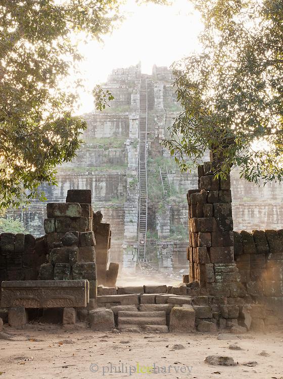 The temple of Prasat Thomat Koh Ker, northern Cambodia