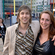 NLD/Amsterdam/20060503 - herpremiere musical Turks Fruit Amsterdam, Addo kruizinga en partner Saskia van Heijster