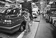 Nederland, Born, 15-10-1989Fabricage bij Nedcar van de Volvo 440. Begonnen als fabriek van DAF. Later worden hier modellen van Mitsubishi gemaakt. Colt.Foto: Flip Franssen/Hollandse Hoogte