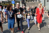 AIDS2018  Fakkeltocht Positive Flame met prinses Mabel
