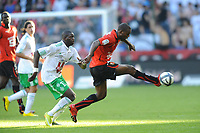 FOOTBALL - FRENCH CHAMPIONSHIP 2010/2011 - L1 - STADE RENNAIS v AS SAINT ETIENNE - 21/08/2010 - PHOTO PASCAL ALLEE / DPPI - KEVIN THEOPHILE CATHERINE (REN) / BAKARY SAKO (ASSE)