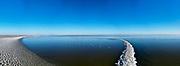 Nederland, Flevoland, Trintelhaven; 22-02-2021; zicht op het IJsselmeer, richting Friese kust. Bevroren strekdam en boeien (palen) voor netten. Links de Houtribdijk. View of the IJsselmeer, towards Lelystad. Frozen breakwater and buoys (posts) for nets. On the right the Houtribdijk.<br /> <br /> drone-opname (luchtopname, toeslag op standaard tarieven);<br /> drone recording (aerial, additional fee required);<br /> copyright foto/photo Siebe Swart