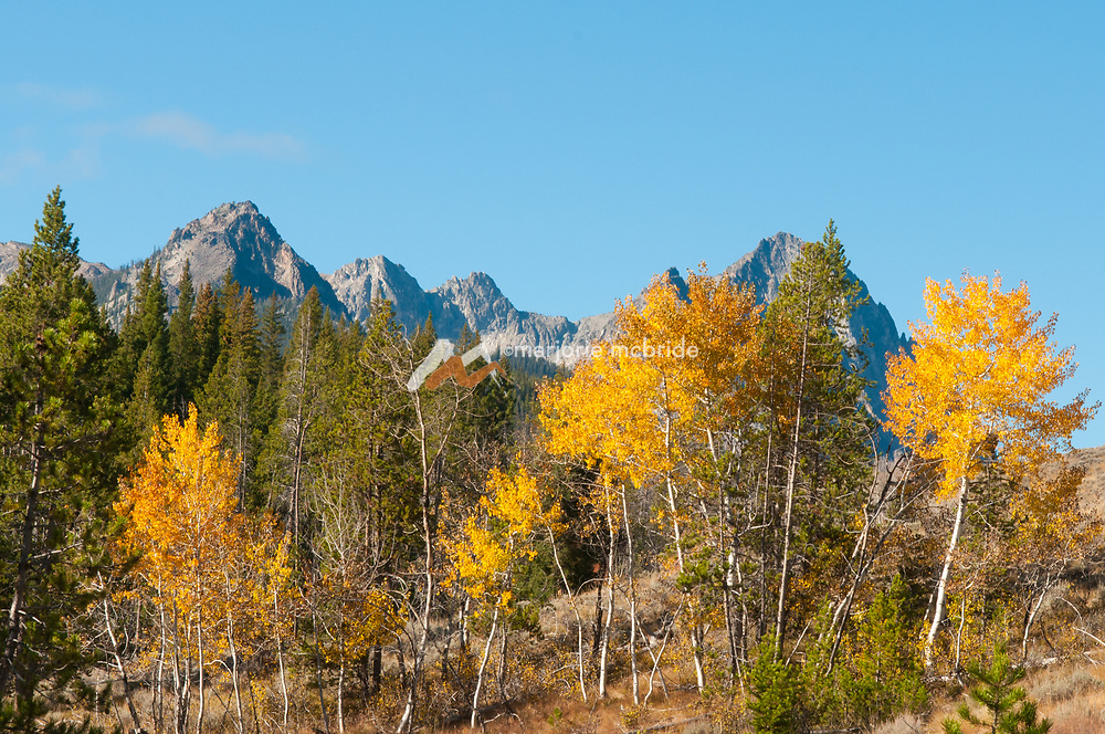 Mout Heyburn and the Sawtooth range during autumn, Stanley, Idaho