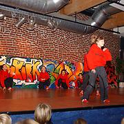Kerstshow 2004 Modance Huizen