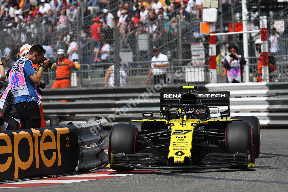 Nico Hülkenberg (Renault) close to the barrier during qualifying before the 2019 Monaco Grand Prix. Photo: Grand Prix Photo