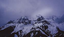 THEMENBILD - das Dachstein-Gebirge bei Dämmerung im Winter, aufgenommen am 17. Dezember 2018 in Ramsau, Oesterreich // the Dachstein mountains at dusk in winter, Ramsau, Austria on 2018/12/17. EXPA Pictures © 2018, PhotoCredit: EXPA/ JFK
