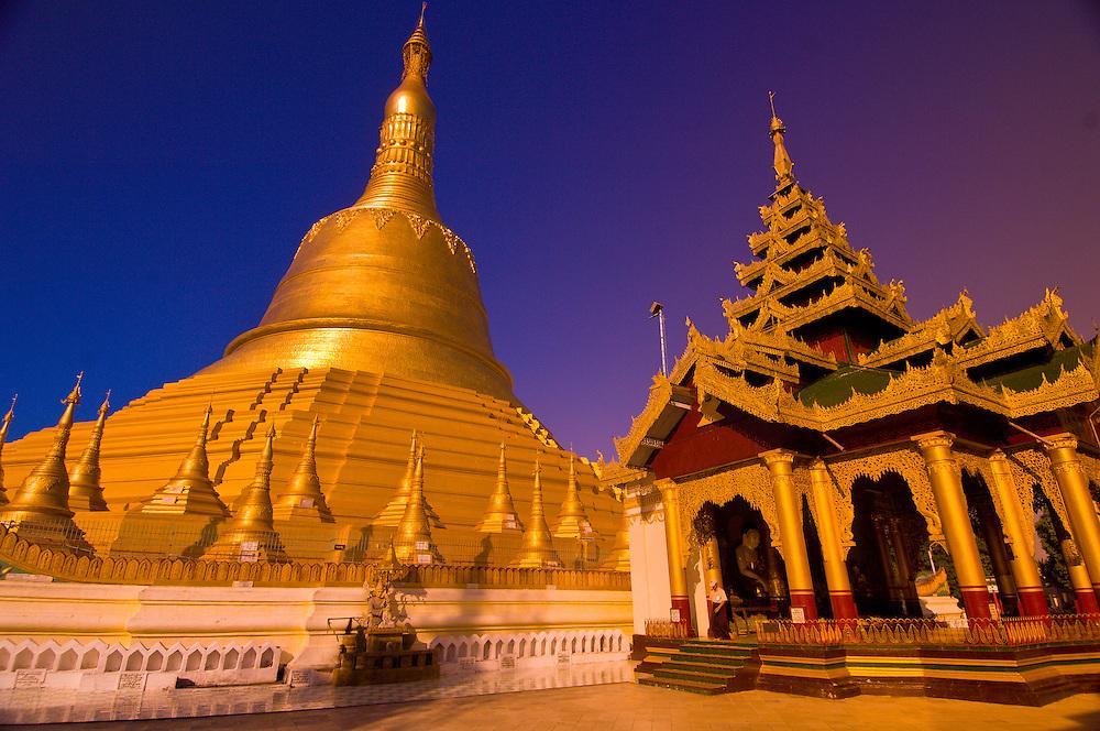 Shwemawdaw Pagoda, Bago, Myanmar (Burma)